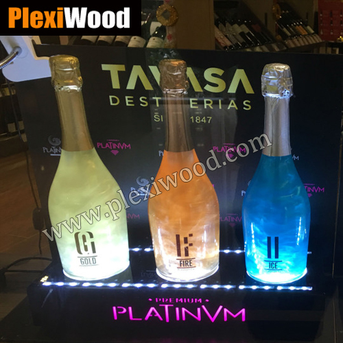 Customized Wine Bottles Display: Tavasa Platinvm